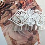 Hair Head Piece/Comb in Ivo..